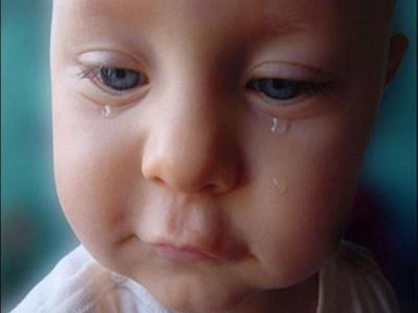 Mơ thấy trẻ con khóc có điềm báo gì và đánh số gì?
