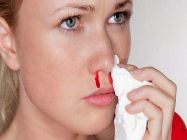 Nằm mơ chảy máu mũi có điềm báo gì và đánh con gì?