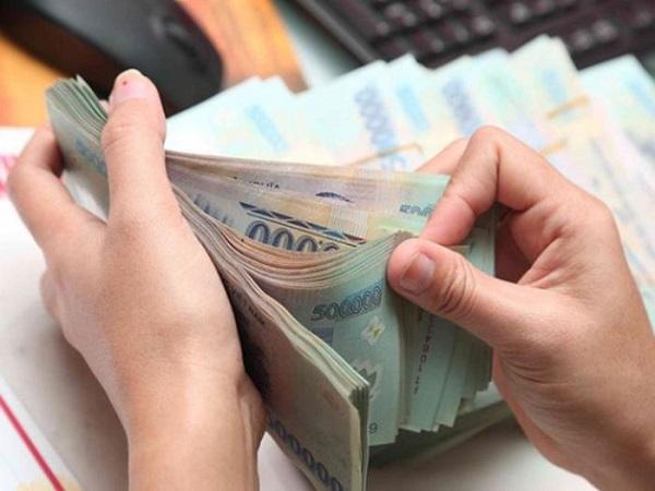 Mơ thấy đếm tiền có điềm báo gì và đánh con gì?